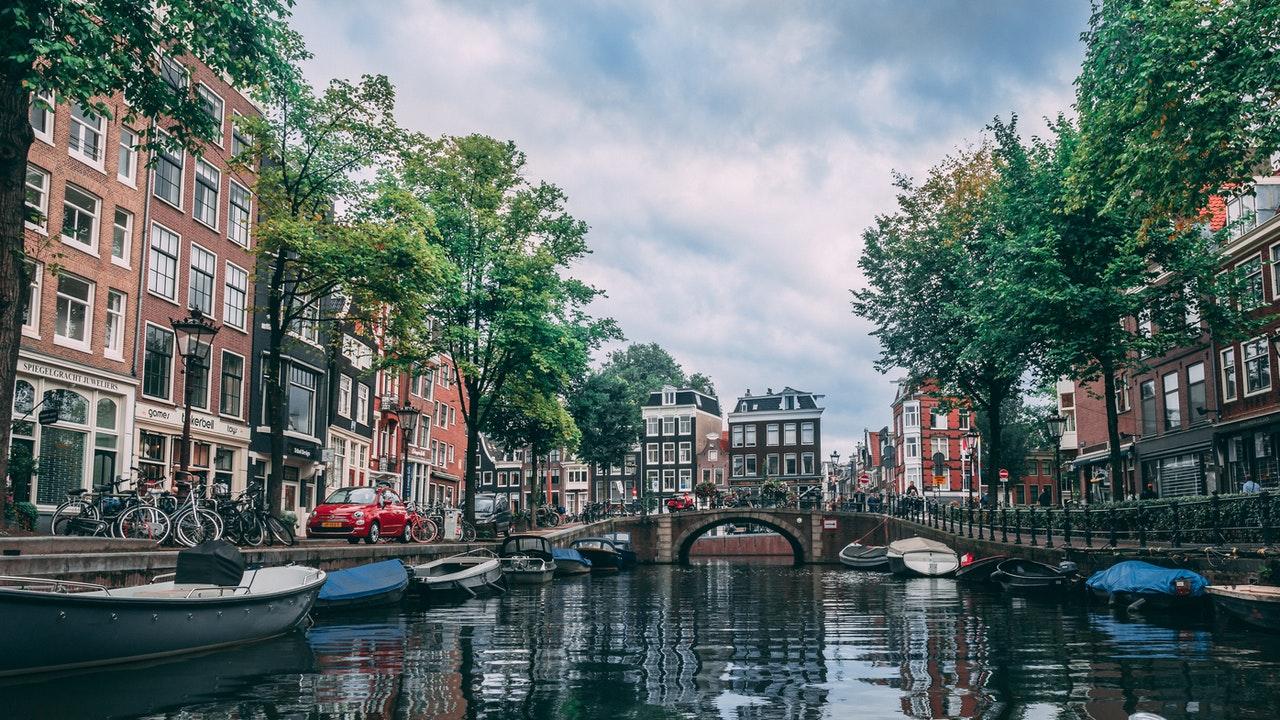 Waarom huren in Amsterdam zo lastig is