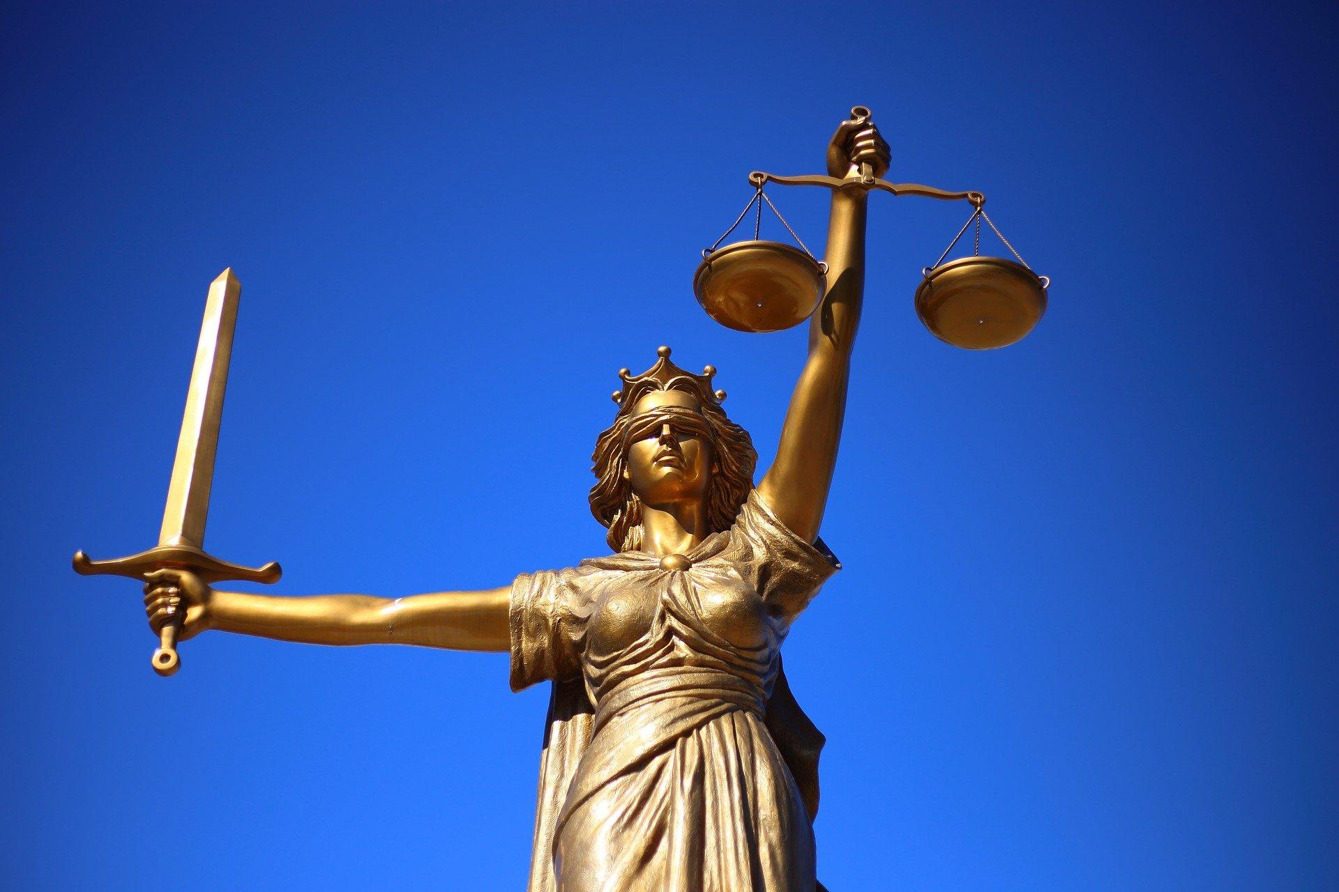 Een fiscaal advocaat inhuren in Amsterdam
